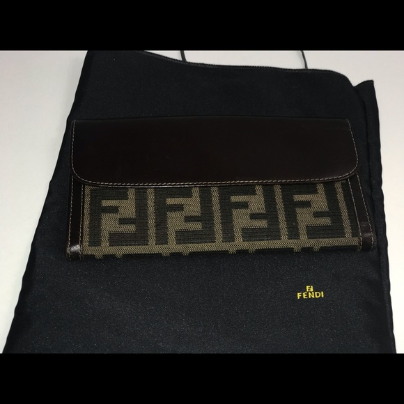 Fendi Handbags - Authentic fendi zucca checkbook wallet clutch case